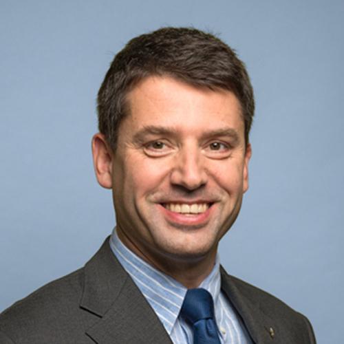 Pfarrer Dr. theol. Gottfried Locher
